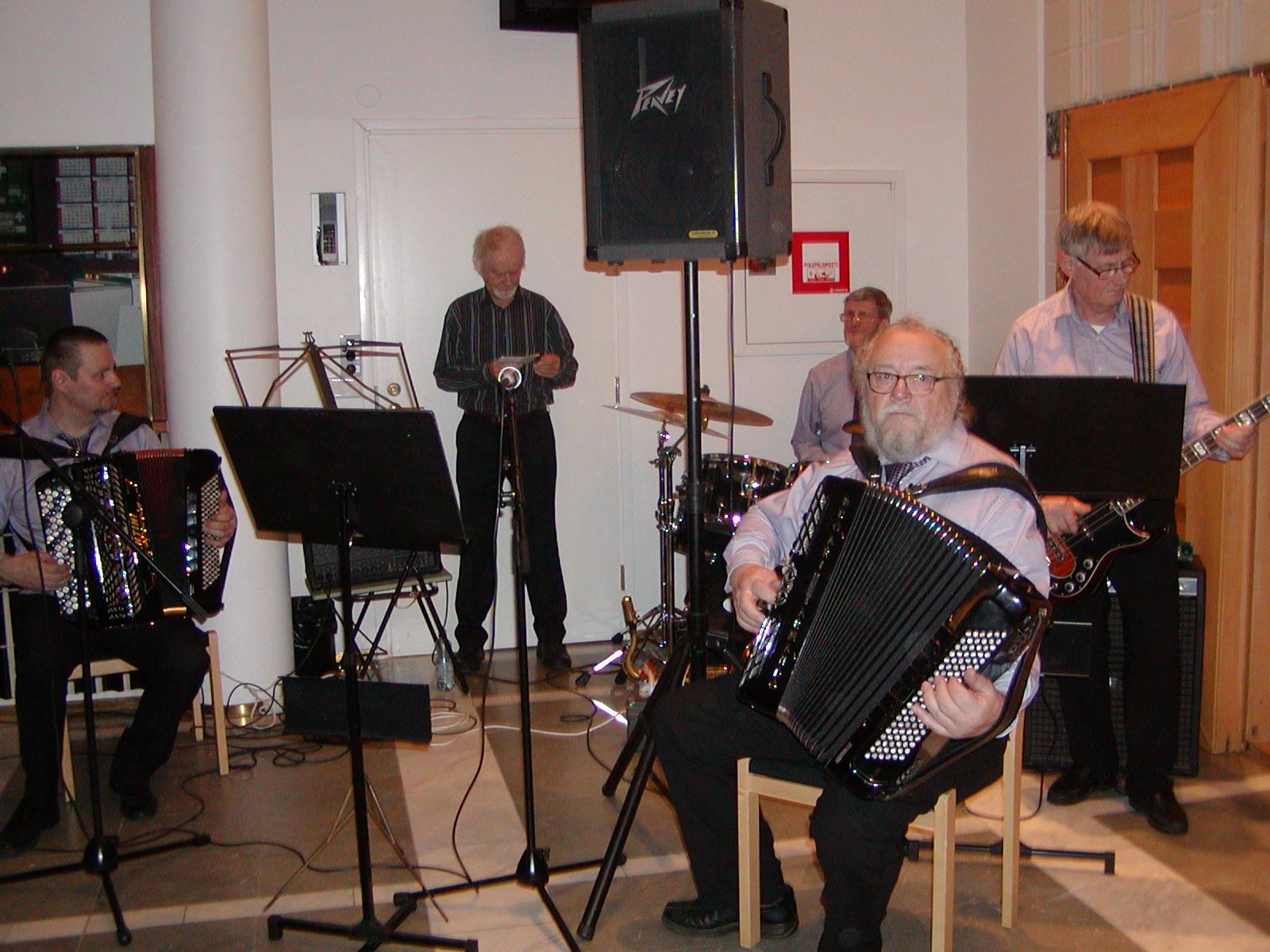 Isänpäiväkonsertti 2014, aulatanssit